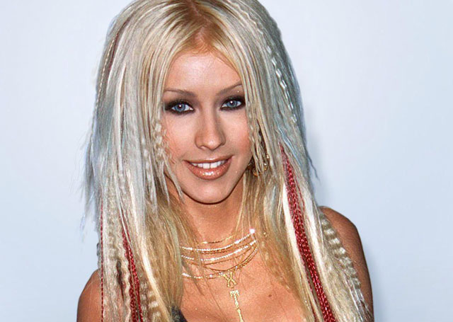 10 Celebrity Hair Extension Disasters