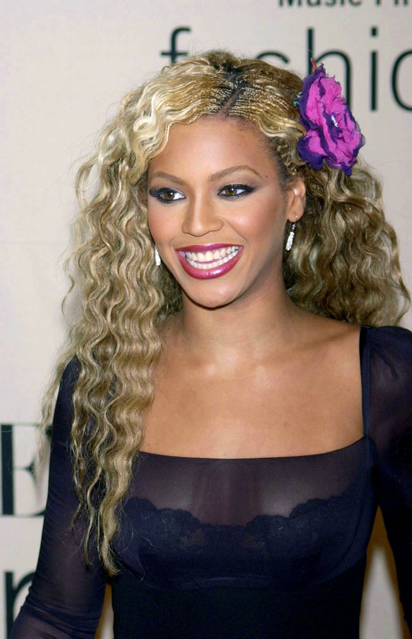 Worst Celebrity Hair Extensions - Beyonce
